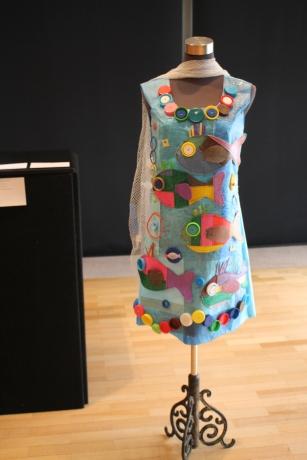 "Karen Benjamin's winning 3D piece ""Fish Tails"""