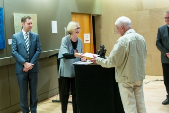 Terry Summers being presented with his prize for Best work on paper.